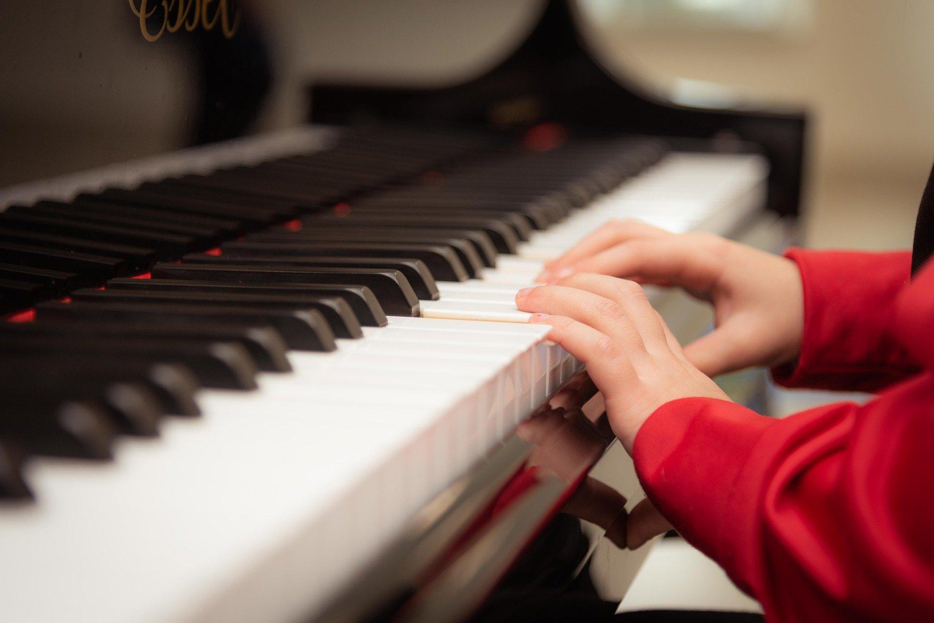 子どものピアノはいつから?