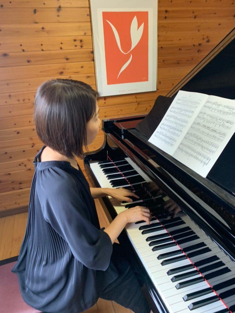 ピアノ講師のピアノ練習内容
